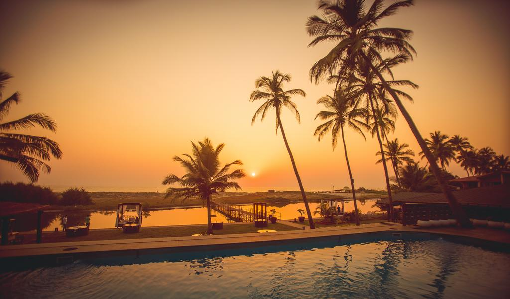 1_riva_beach_resort