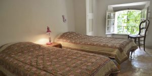 chambre-2e-etage-closdevilleneuve-valensole-1